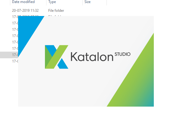 Downloading Katalon Studio - Splash Screen